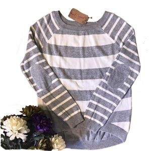 Striped Gray Elbow Patch Crew Neck sweater M